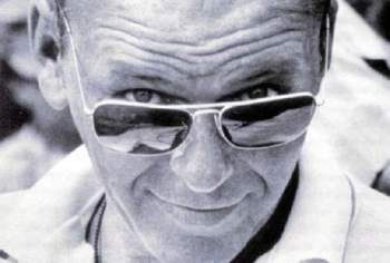 frank sinatra How to Wear Sunglasses