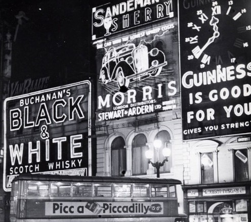 Bill Brandt Piccadilly Circus before the Blackout 1940 35 129 e1337624498647 Advertise