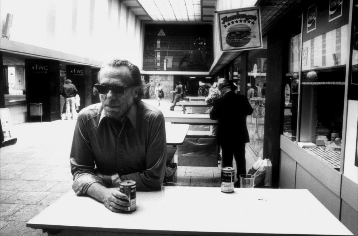 Chales bukowski day drinking