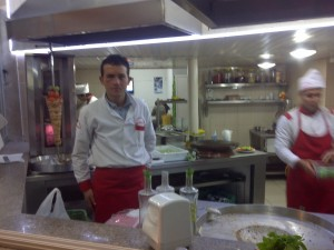 Here is a Turkish shwarma slinger who looks suspiciously like Ed Schrader.