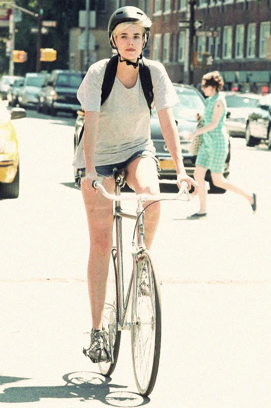 tumblr ltvzimgUfq1qgqju7 Women on Bicycles