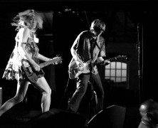 Kim Gordon, Thurston Moore to Divorce (Yawn)